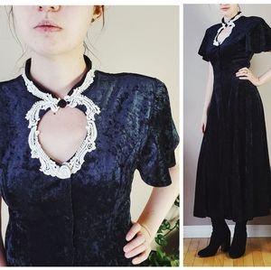 Vintage gothic velvet velour black midi